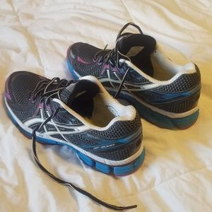 Asics Shoes - Womens asic 8.5 shoes
